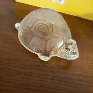 **GLASS TURTLE & PINEAPPLE**JEWELRY HOLDER.